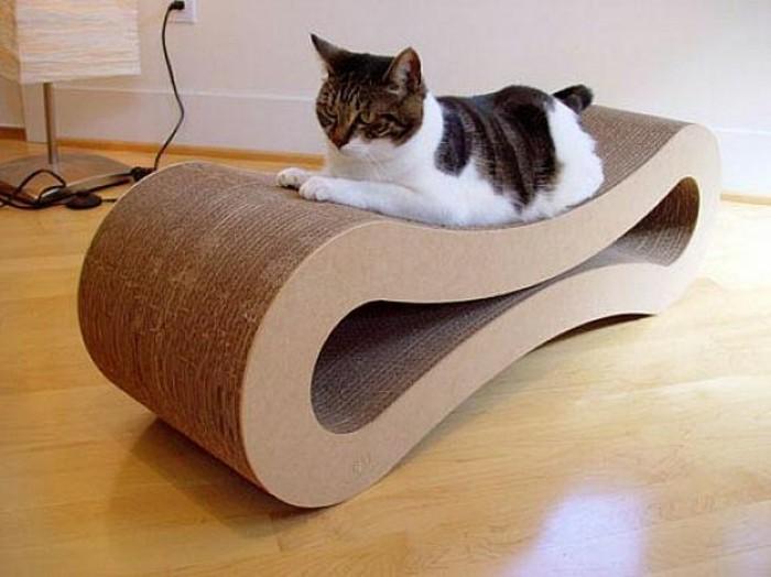 diseño original de una silla DIY hecha con cartón, las mejores fotos de muebles con carton