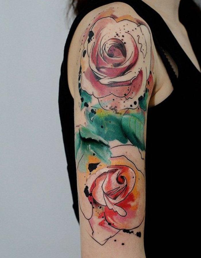 tatuajes hombro con rosas, colorido tatuaje en el hombro y en el brazo entero, rosas en color rojo