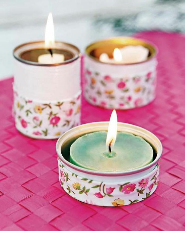 fotos de manualidades con materiales reciclados, candelabros DIY hechos de latas y tela decorativa
