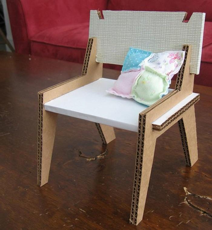 silla original DIY para tu salon, tutoriales sobre como hacer muebles de carton en imagines
