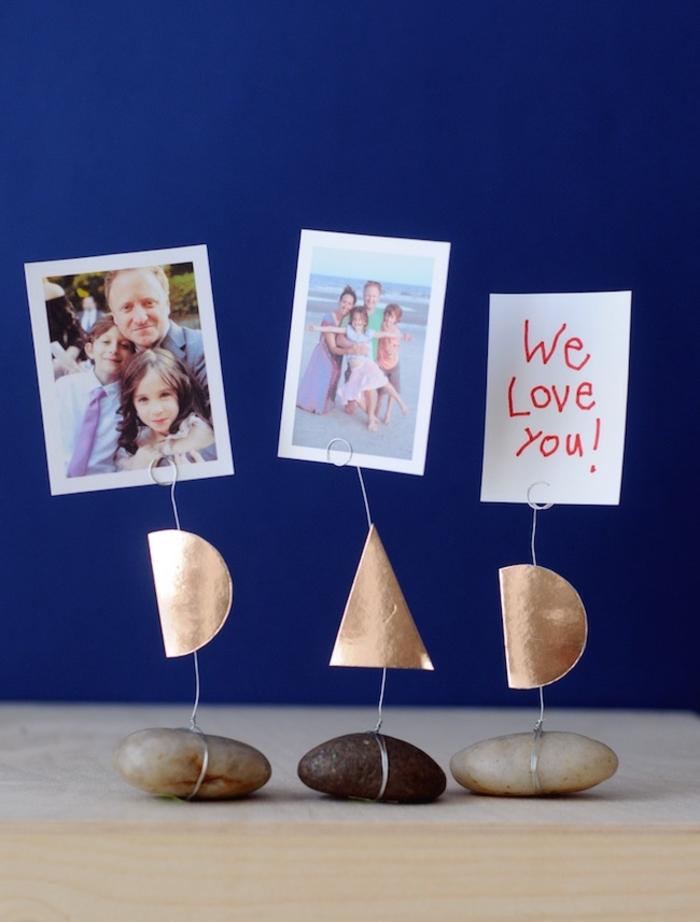 regalos hechos a mano para el día del padre, decoración casera con piedras, fotos y detalles decorativos
