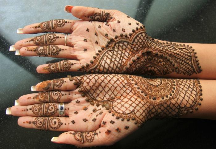 alucinantes propuestas en imagines de tatuajes henna, ideas sobre cómo puedes hacer un tattoo no permanente