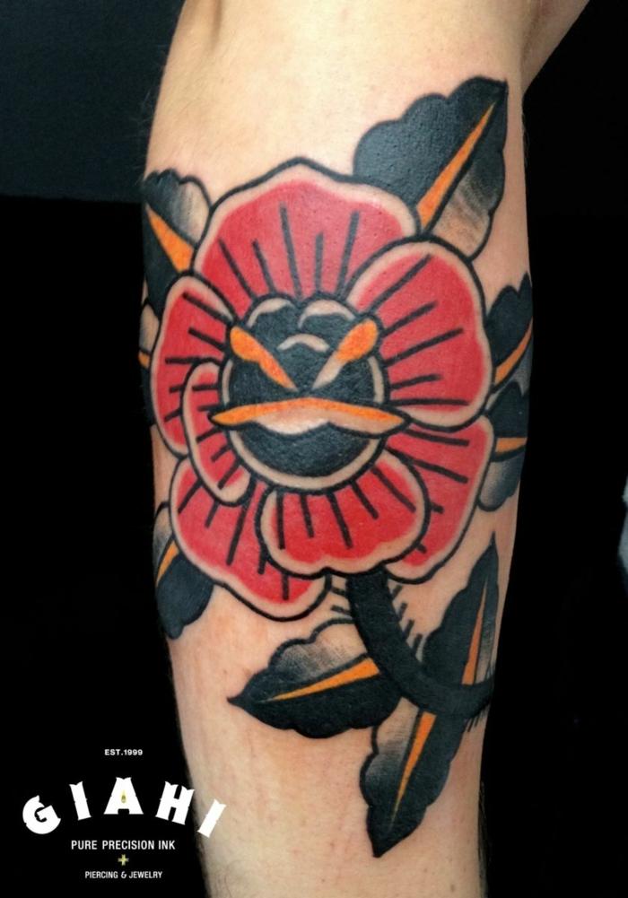 bonito diseño de tatuaje con flor hombre, rosa old school en colores inusuales, tatoos para hombres