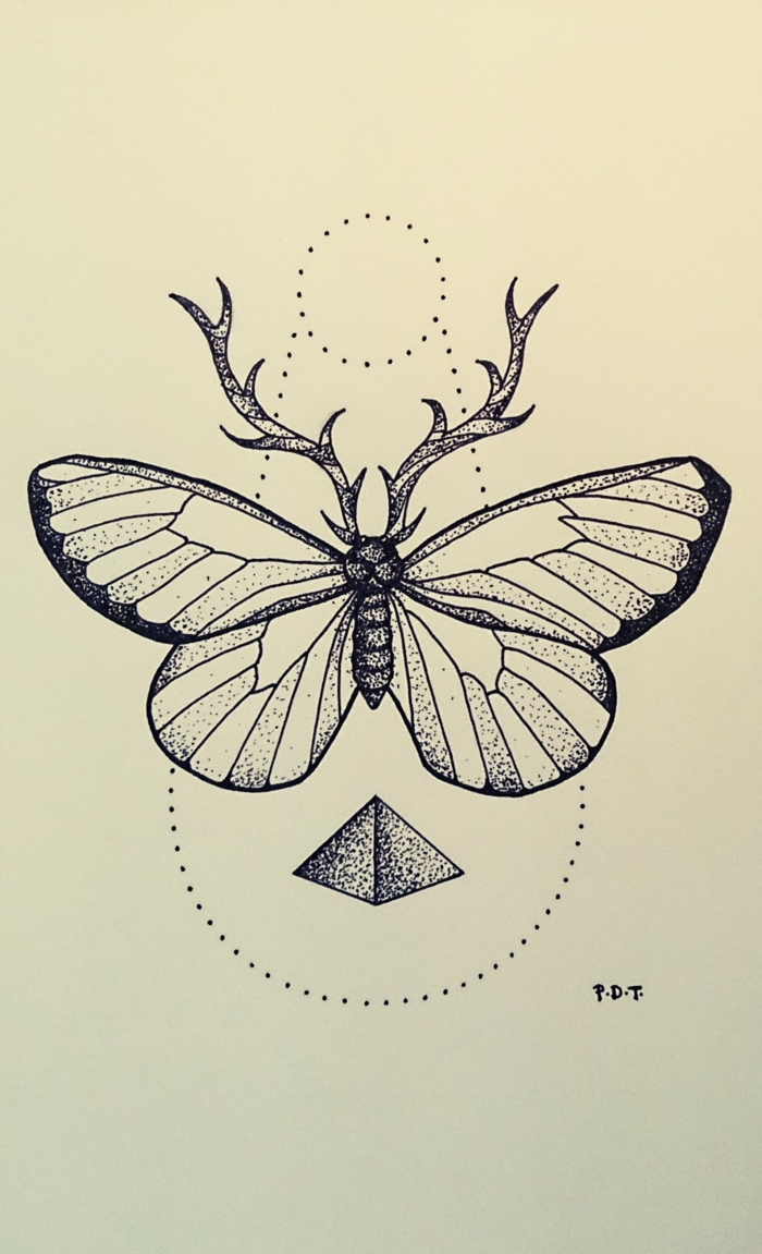 ideas de mariposa tattoo en dibujos, tatuaje geométrico con mariposa, ideas de tattoos con alto significado