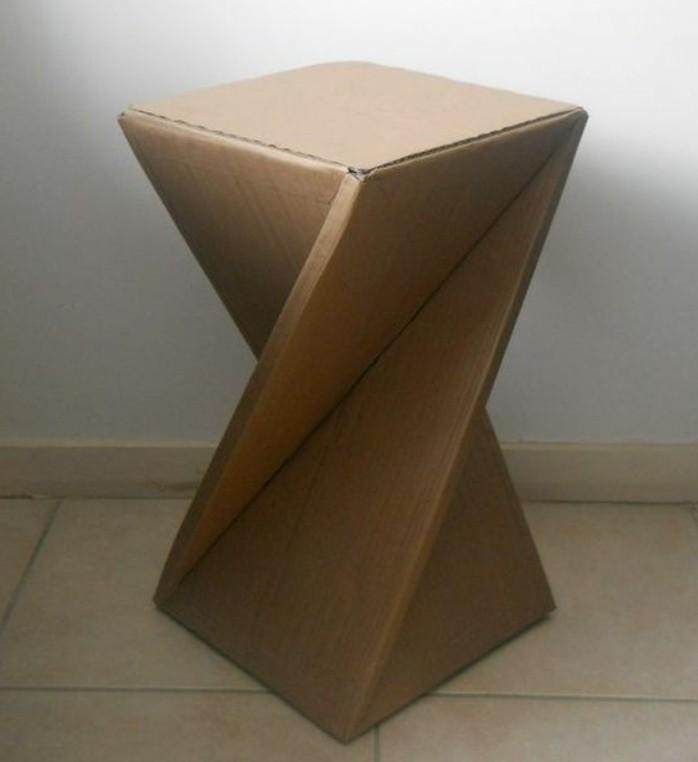 silla de barra de diseño original hecha de cartón, las mejores ideas de muebles hechos con palets y cartón