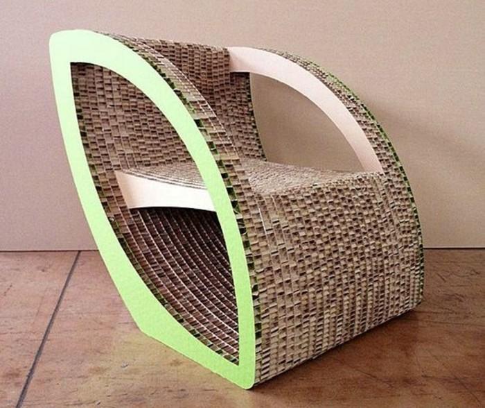 sillón ultra moderno en beige y verde hecho de cartón, muebles y decoración casera reciclaje