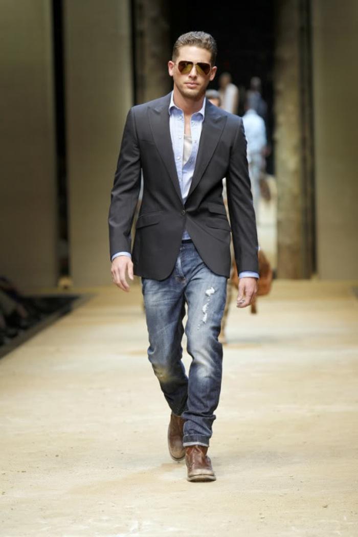 ideas de outfits modernos en estilo bussines casual hombre, vaqueros lavados con partes rotos y chaqueta color negro