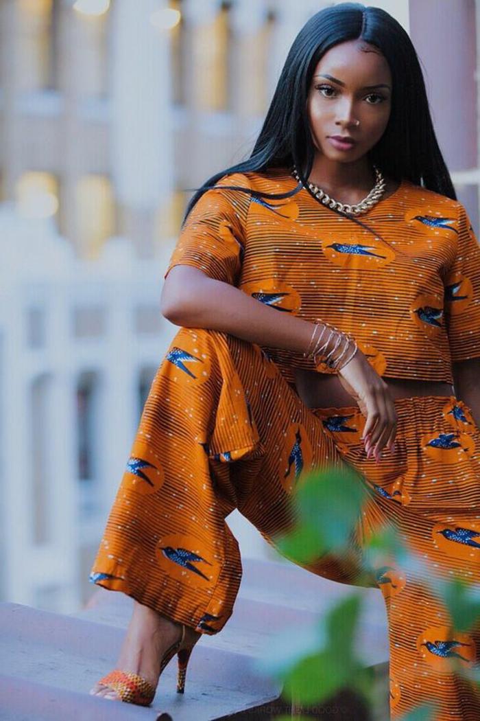 ropa inspirada en la moda africana, adorable atuendo de dos partes en color naranja con mangas cortas