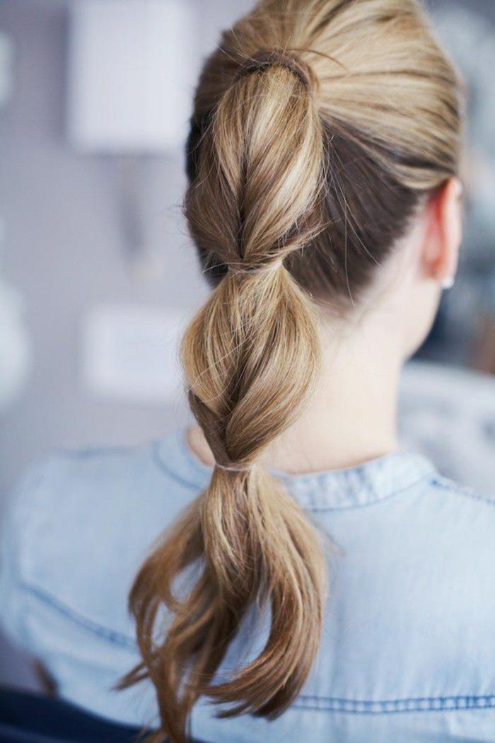 coleta burbuja super original, recogidos faciles y original paso a paso, coleta trenzada, 80 ideas de peinados pelo largo
