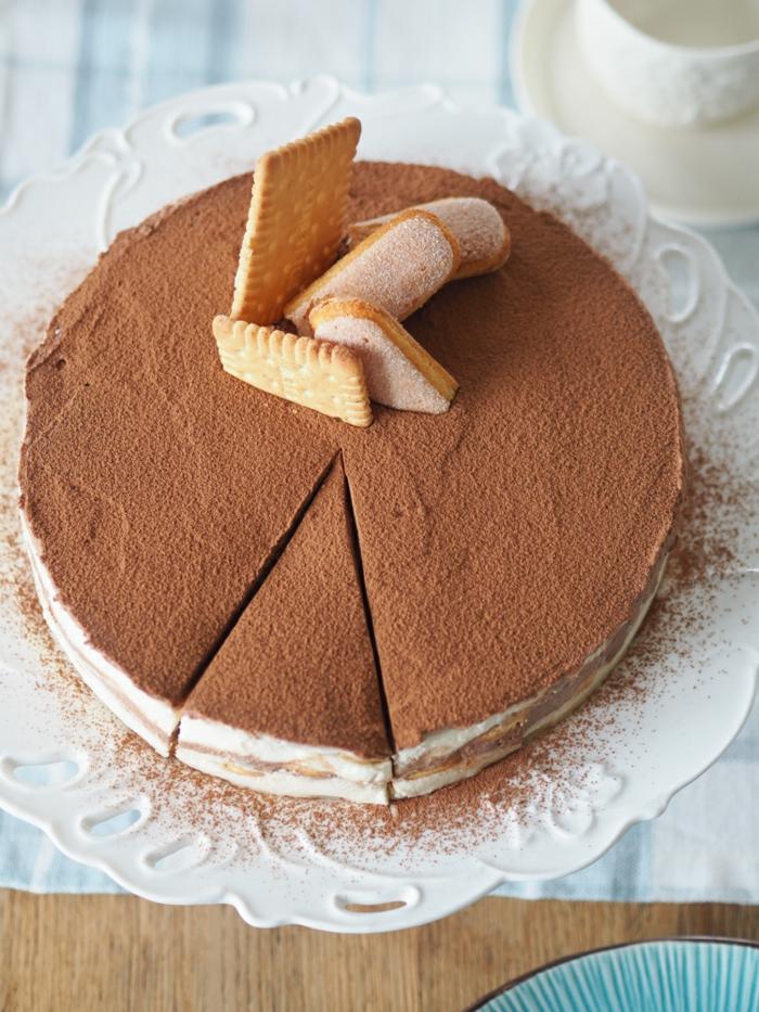 ideas sobre como hacer tarta de tres chocolates paso a paso, preciosa tarta de mousse de chocolates