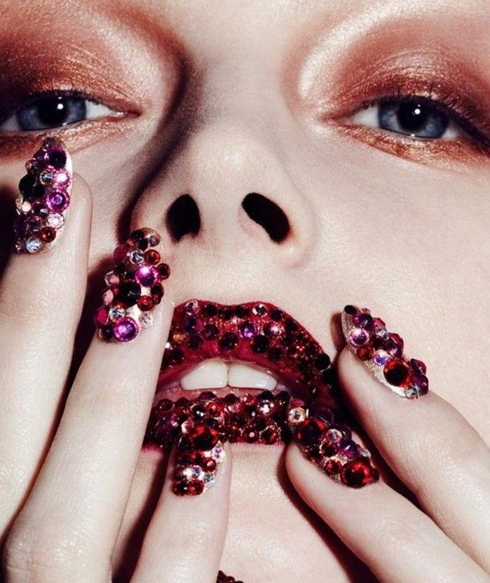diseños exlusivos de uñas con cristales, imagines de uñas decoradas con más de 100 propuestas