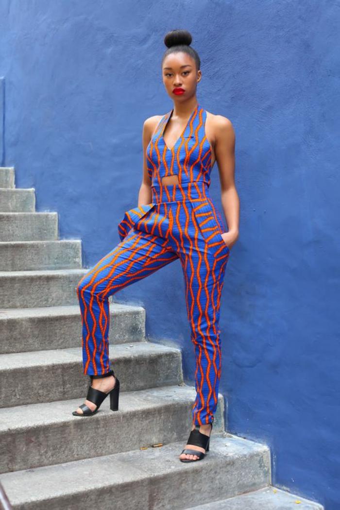 mono bonito en color azul y naranja, ropa africana bonita y moderna, atuendos típicos africanos