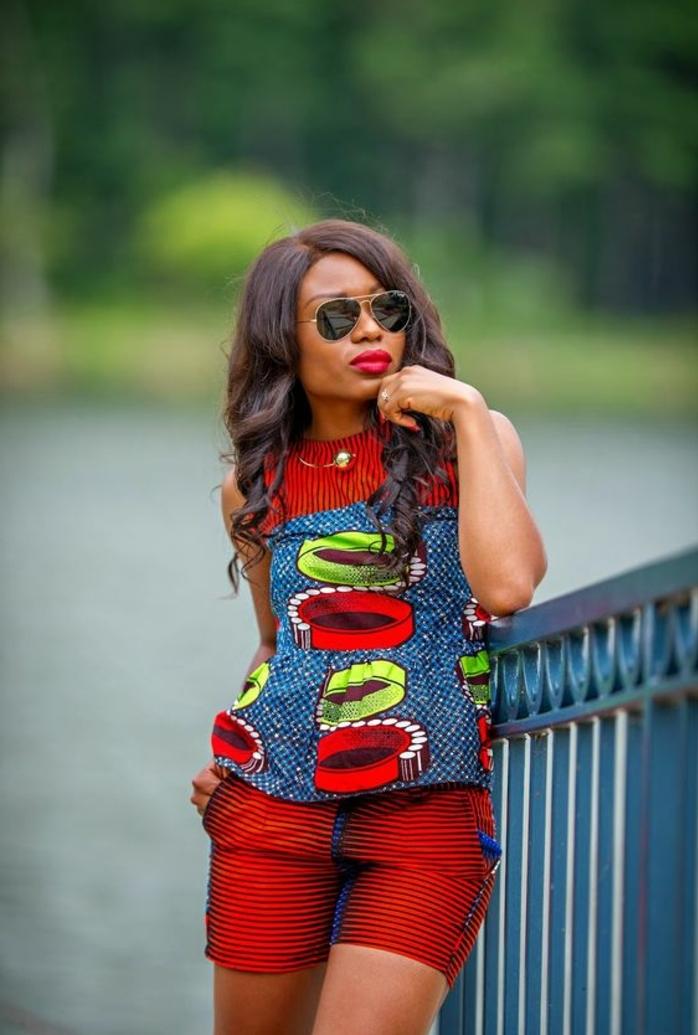 ropa africana mujer en más de 60 imagines, mono colorido en rojo, azul y verde para el verano