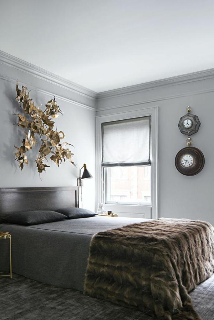 ideas de habitaciones de matrimonio decoradas con mucho estilo, dormitorio paredes en gris cama doble, detalles en dorado