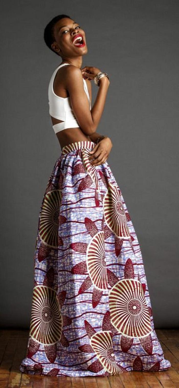 faldas africanas con motivos florales, preciosos diseños de prendas en estilo africano en 70 imagines