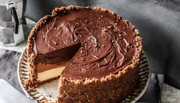 tarta de chocolate con tres cremas, tarta de queso con mousse de chocolate, ingredientes tarta tres chocolates