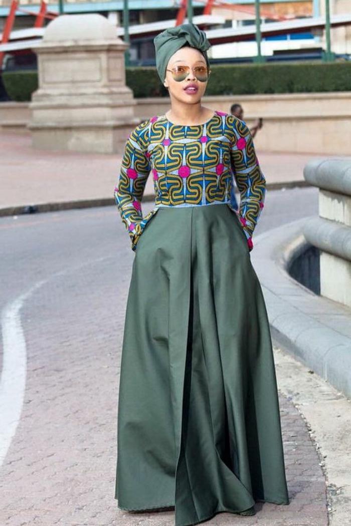 faldas africanas grandes, diseños de prendas africanas modernas y bonitas, mujer con pañuelo en la cabeza