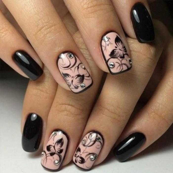 las mejores propuestas de decoracion de uñas 2017, bonito diseño de uñas en rosado y negro con motivos florales