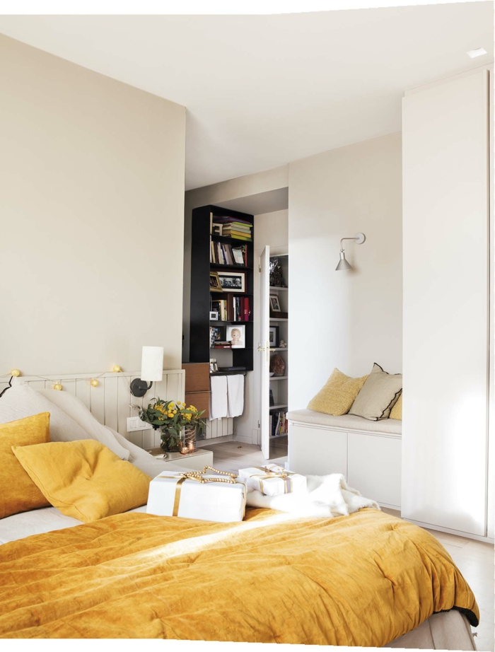 ideas de muebles dormitorio modernos, habitación decorada en beige, cama doble en color amarillo