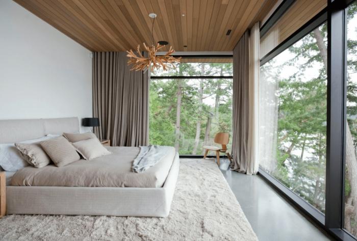 precioso dormitorio con cama doble decorado en blanco y beige, dormitorios matrimonio modernos