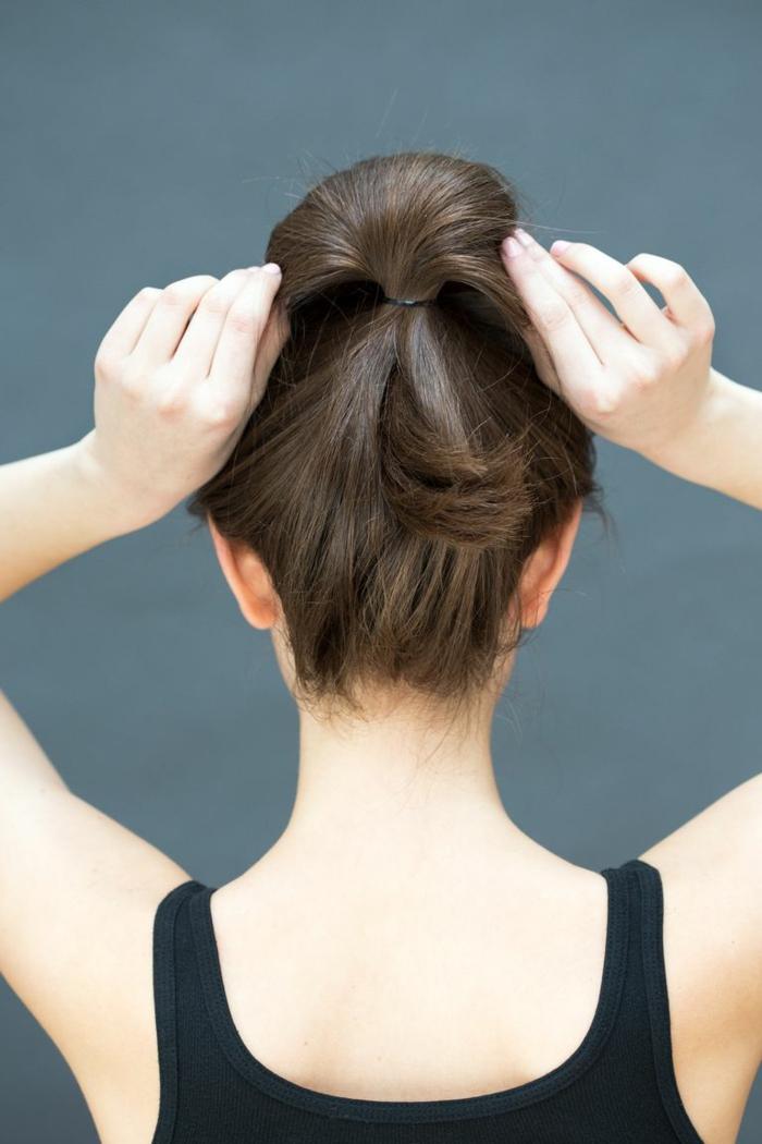 peinados faciles pelo largo paso a paso, moños altos super elegantes en 80 fotos, cabello castaño largo