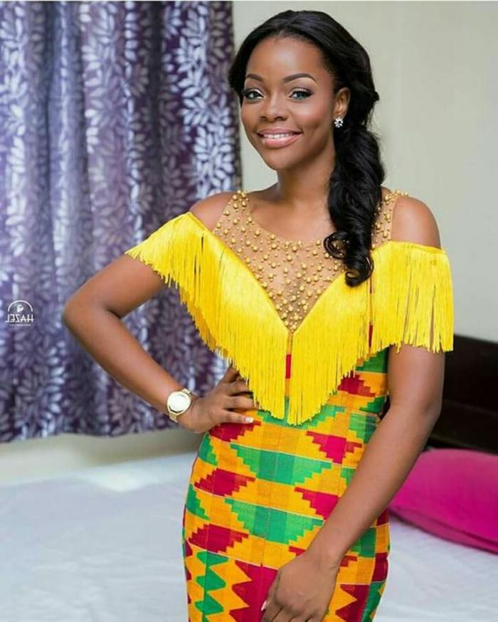 vestidos africanos super bonitos en colores llamativos, vestido con larga falda con print geométrico