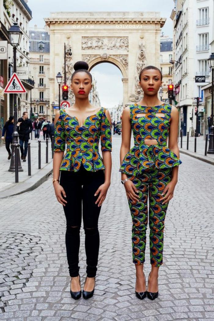 diseños de ropa africana mujer, mono bonito en estampados coloridos, dos mujeres prendas a la moda africana