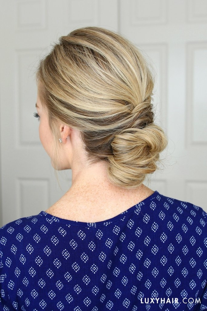 ejemplos de peinados para bodas media melena, precioso recogido bajo que puedes hacer sola en casa
