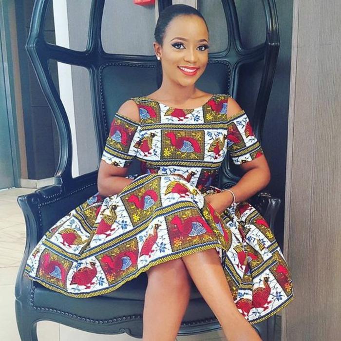 precioso vestido con estampados originales de corte moderno, vestidos africanos originales