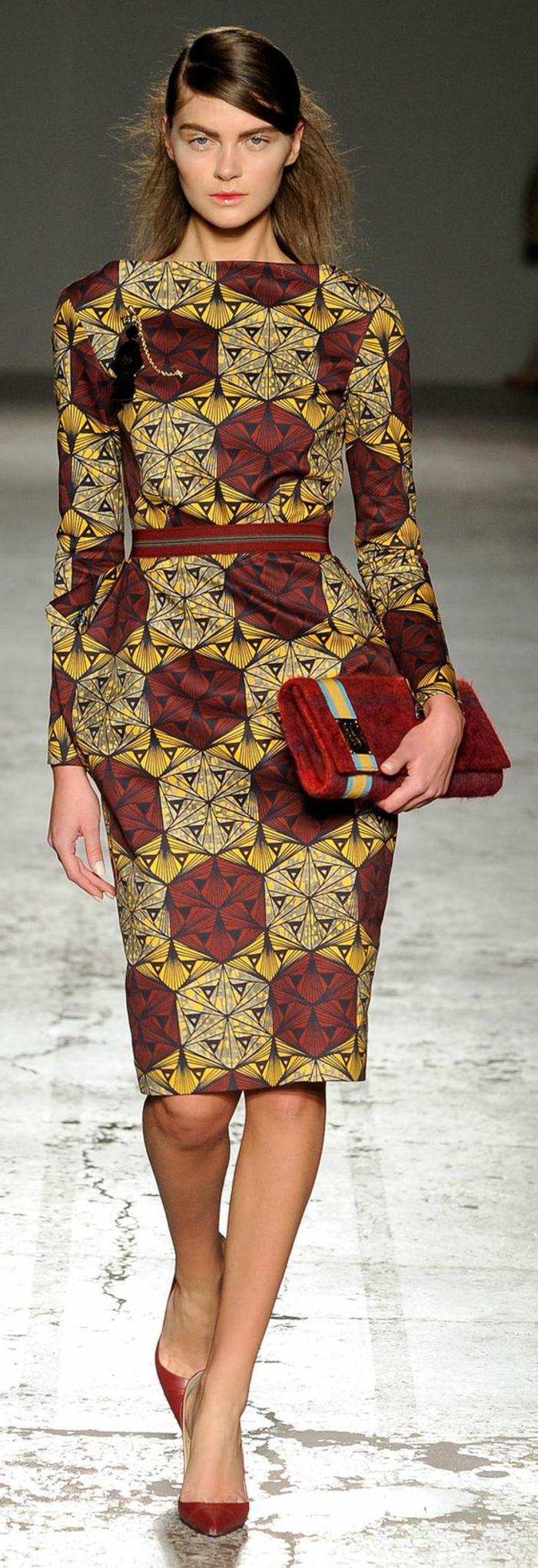 vestido elegante y modernos en colores cálidos y terrestres, diseños de vestidos africanos