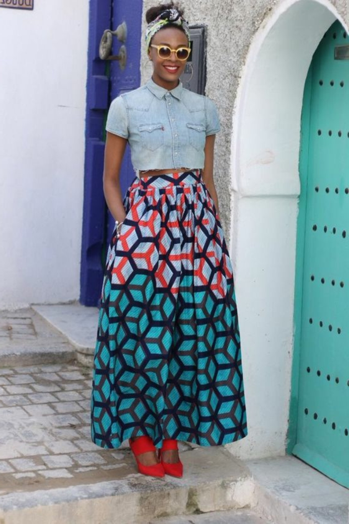 faldas africanas únicas, bonito look con blusa mangas cortas de denim y falda estampada, vestidos africanos mujer