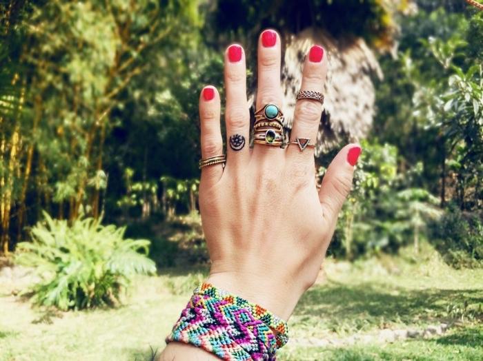 originales propuestas de tatuajes pequeños para dedos para hombres y mujeres, tattoo minimalista