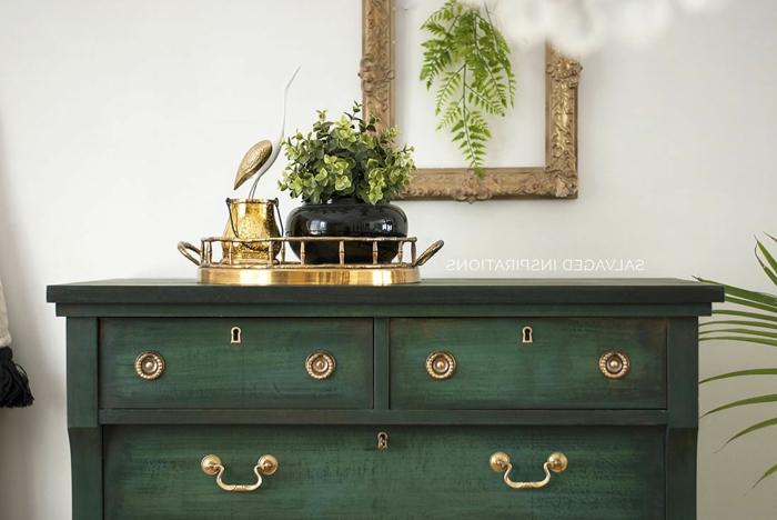 excelentes ideas sobre como pintar un mueble de madera de otro color, grande cofre en color verde, muebles antiguos pintados