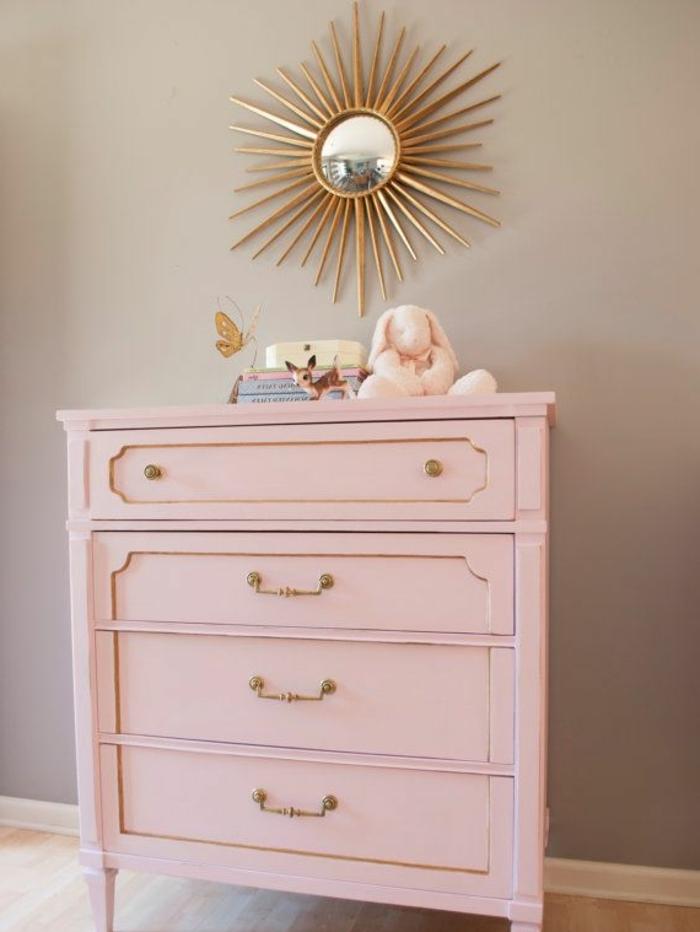 pintar muebles antiguos en bonitos colores, pasillo decorado en tonos pastel estilo vintage