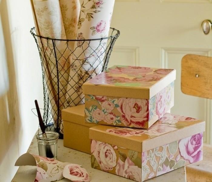 bonitas ideas de manualidades para regalar, cajas DIY con dibujos de rosas, bonitas ideas de regalos DIY