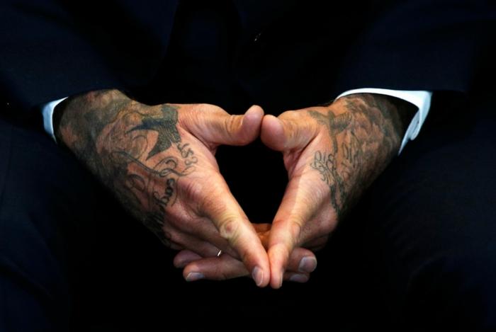 diseños de tatuajes en las manos, inspiración de las celebridades, tatuaje en las manos David Bechkam