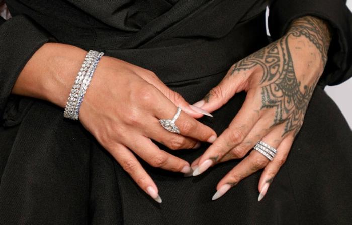 tatuajes de henna originale,s tattoo Rihanna, preciosos diseños de tatuajes en las manos