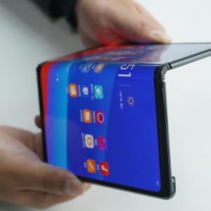 Teléfonos plegables: ¿La nueva era de los smarthphones?