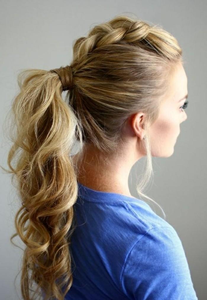 ideas de peinados para pelo largo, peinados faciles paso a paso, cabello largo rizado recogido en coleta trenzada