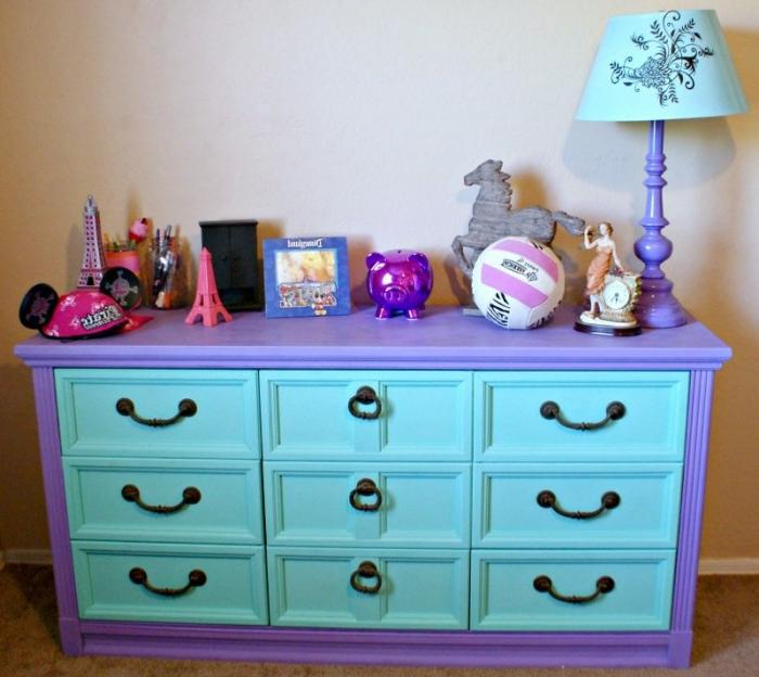 decoración habitación infantil, maravillosos ejemplos de armarios restaurados con pintura de tiza