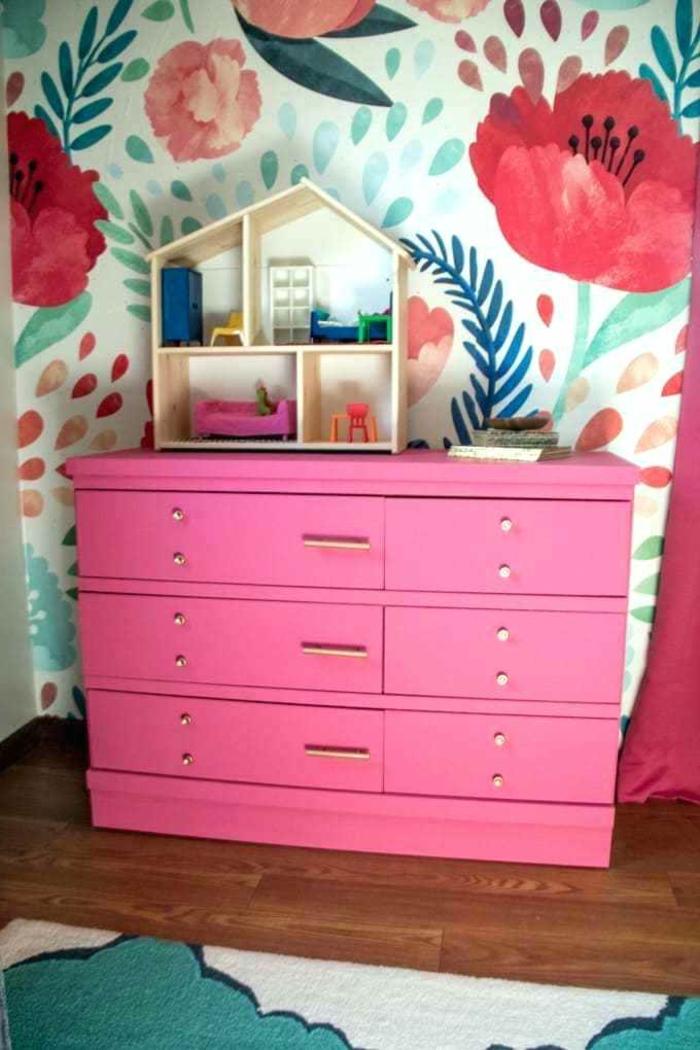 pintura de tiza para decorar los muebles antiguos, decoración habitación en colores vibrantes motivos florales