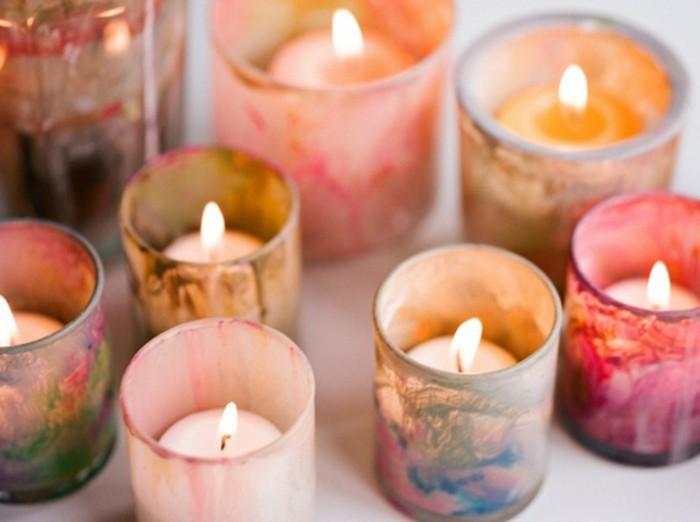 candelabros vintage DIY hechos con pintura acrílica, preciosas ideas de detalles decorativos para regalar