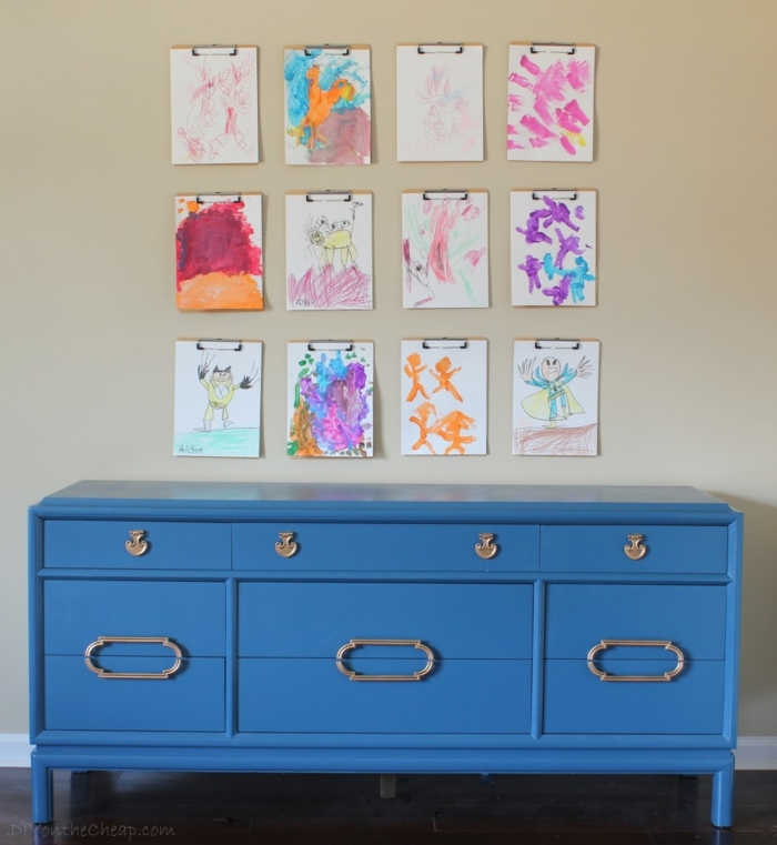 magníficas propuestas sobre como pintar muebles de madera sin lijar, armario color azul purpurina