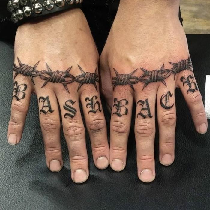 más de 100 inspiradores diseños de tattoos en las manos, tattoos en los nudillos con letras