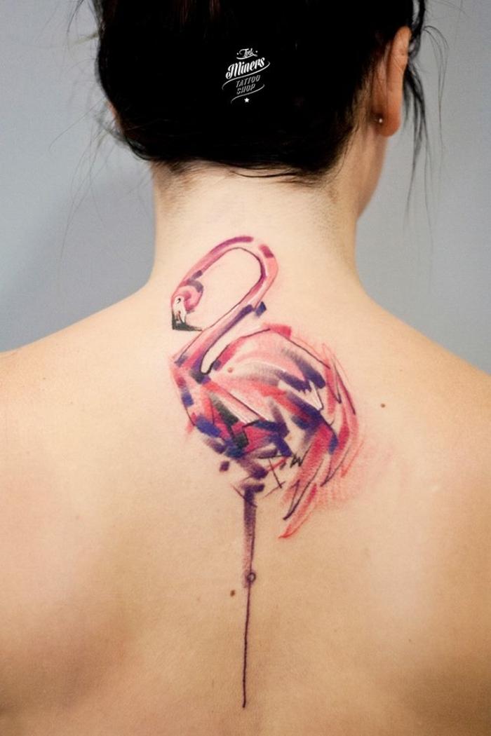 tatuajes japoneses en la espalda, tatuajes tumblr originales, tattoo flamenco colorido en la espalda