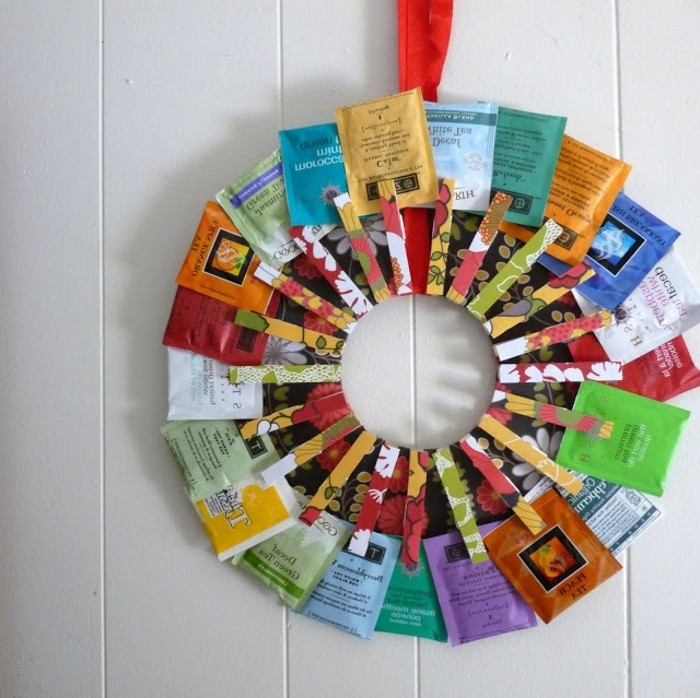 ideas de regalos personalizados, bolsas de te coloridas, preciosa corona con bolsas de te de diferentes sabores, regalos originales para tu pareja