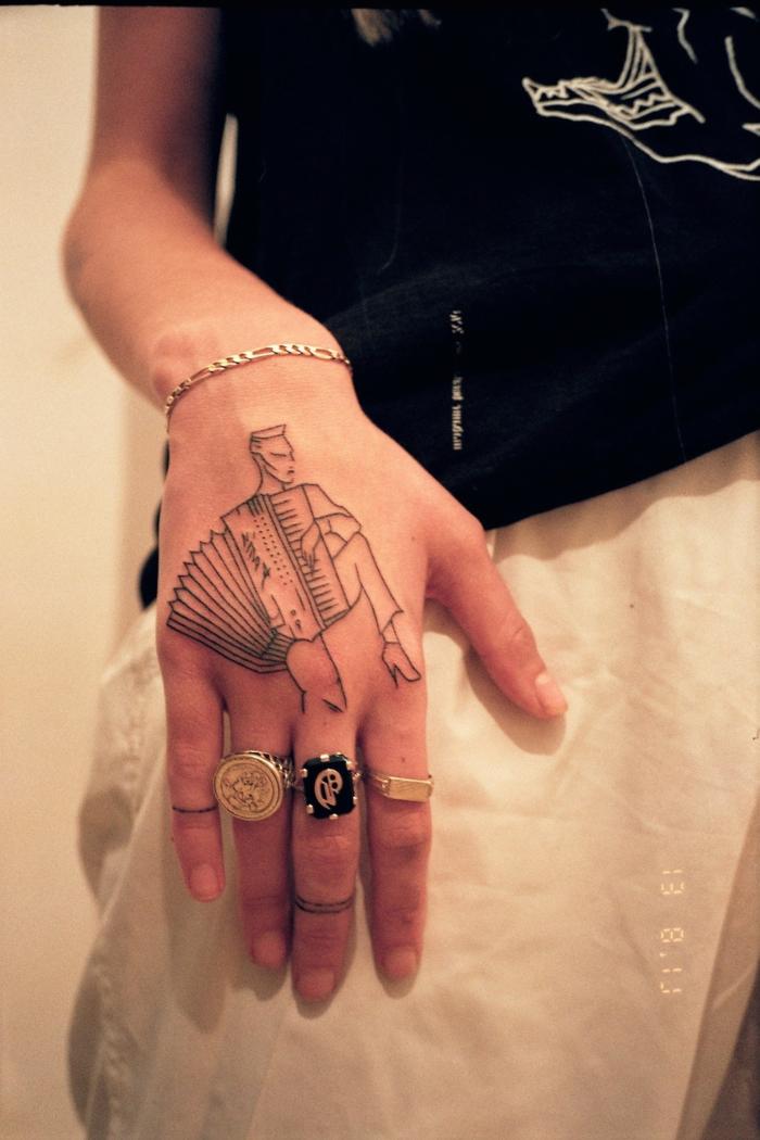 diseños originales de tatuajes en la mano, tatuajes tumblr mujeres, más de 100 diseños de tattoos