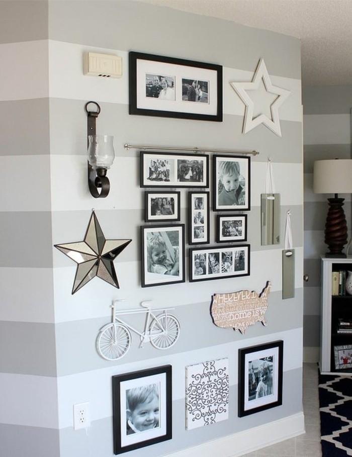 decoracion de paredes de salon, galería de fotos en blanco y negro en la pared, papel pintado en rayas