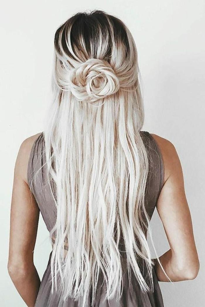 peinados de moda originales pelo largo, ideas de peinados cabello largo en fotos, larga melena en semirecogido