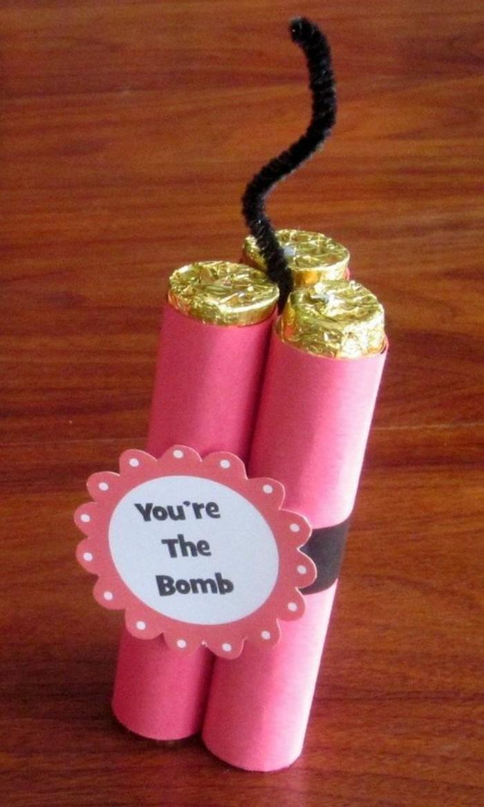 tu eres una bomba, regalos personalizados simpáticos y divertidos, ideas para regalos de cumpleaños